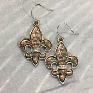 Jewelry - Faux copper silver & rhinestone earrings